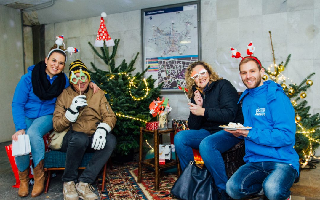 Bezoekers fietsenstalling Katterug verrast met feestelijk welkom