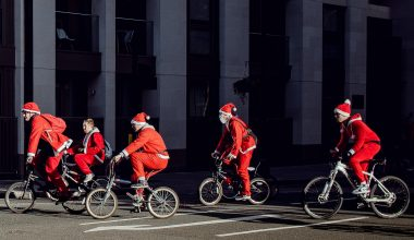 Nieuwe fietschallengemetkerstgedachte