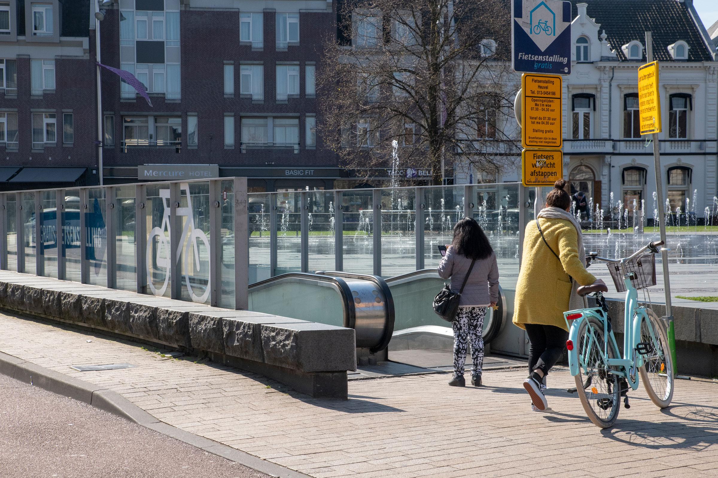 Openingstijden fietsenstallingen Tilburg aangepast