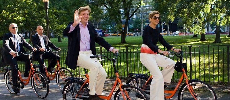 Eropuit voor Koningsdag ? Pak de fiets!